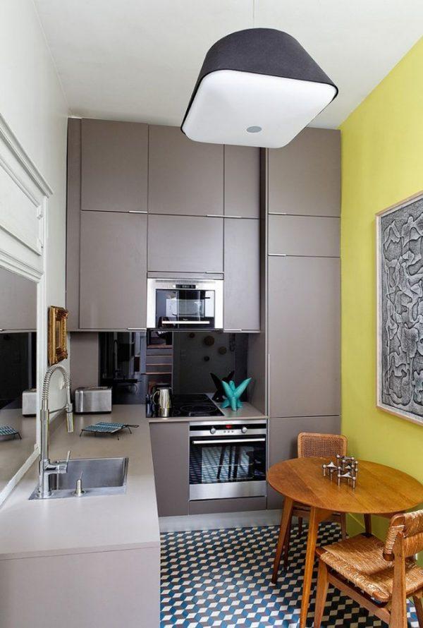 жёлтые стены на кухне хрущёвке