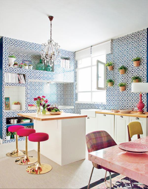 стены из плитки на кухне