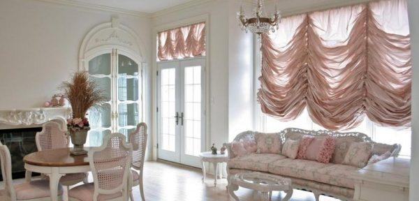 французские шторы нежные для кухни гостиной