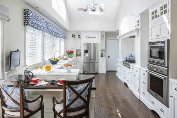 ламбрекен с жалюзи на кухне