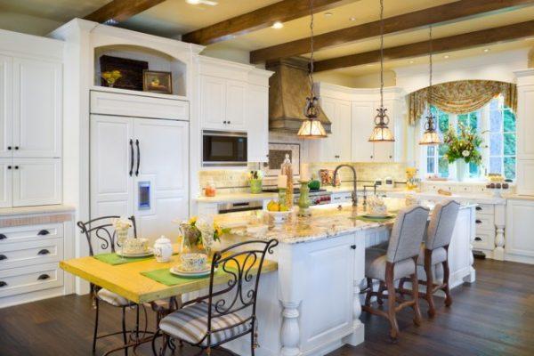 шторы ламбрекены в интерьере кухни