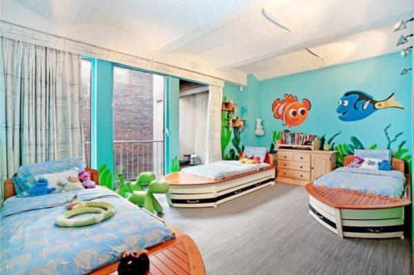 мультики на стенах детской комнаты мальчика в морском стиле