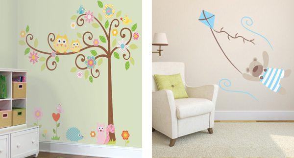 краска на стенах со стикерами в детской