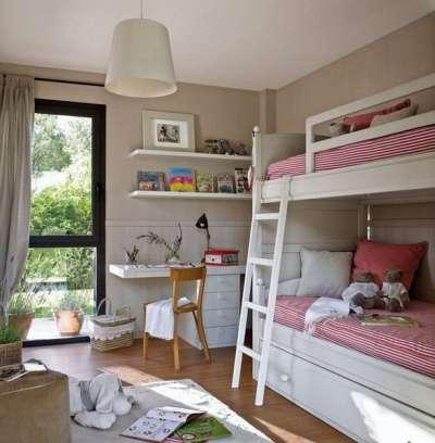 интерьер комнаты для двух девочек двухуровневая кровать
