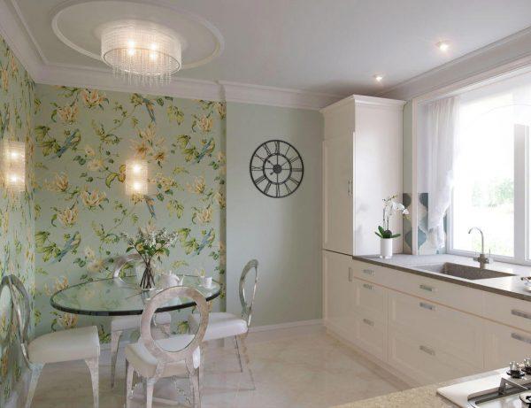 кухня с зелёными обоями в цветочек