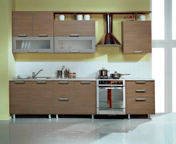 коричневые фасады кухни