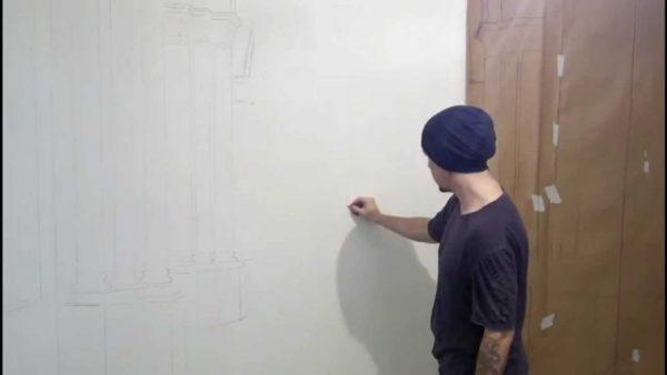 наносим эскиз на стену