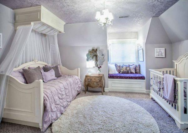 балдахин в спальне с детской кроваткой