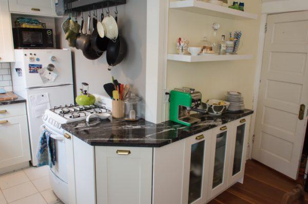 угловая кухня наоборот
