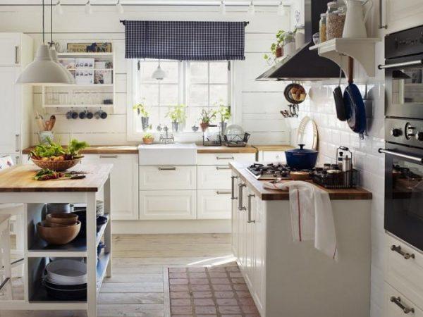 деревянная столешница на кухне угловой