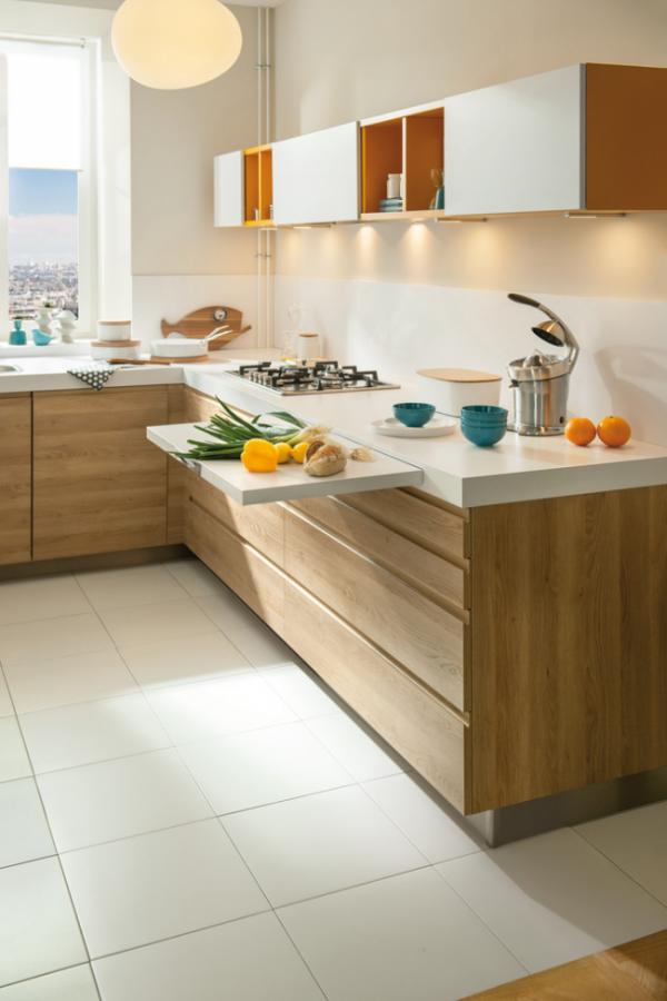 деревянная светлая кухня