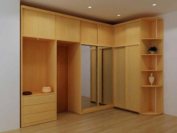 угловой шкаф-купе в мебельном гарнитуре