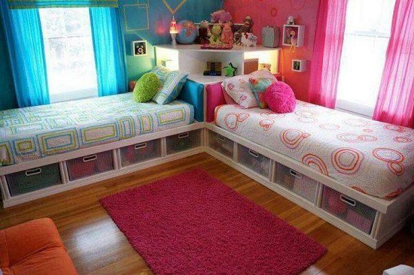 Зонирование в детской спальне с помощью обоев