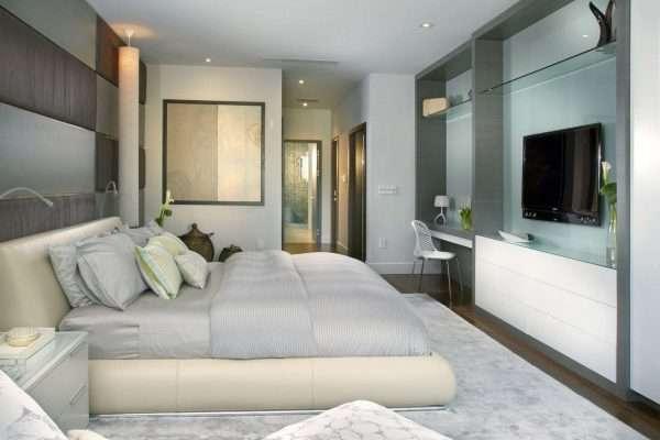 Светлая спальня в стиле модерн