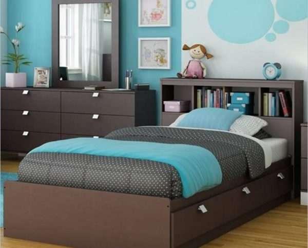 Дизайн спальни в коричнево-голубых тонах