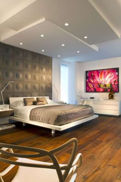 Яркие детали в интерьере спальне