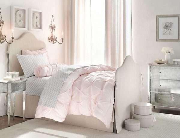 Интерьер спальни для девочки в классическом стиле