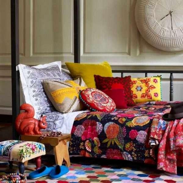 Вязаный текстиль для спальни
