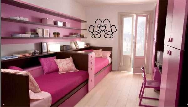 Яркая спальня для двух девочек подросков