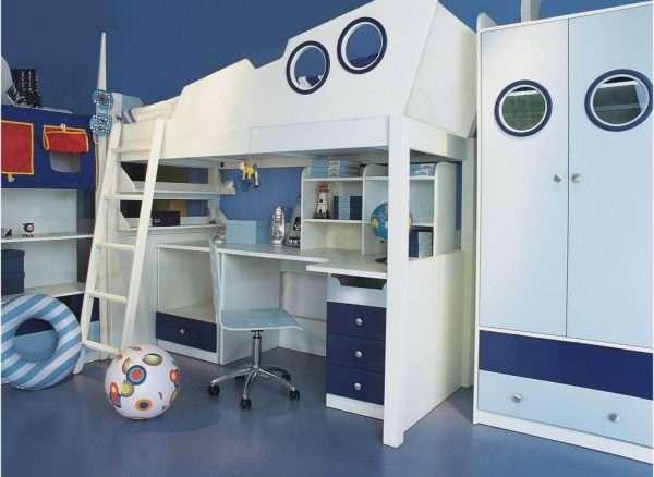 Интерьер детской комнаты для мальчика в морском стиле