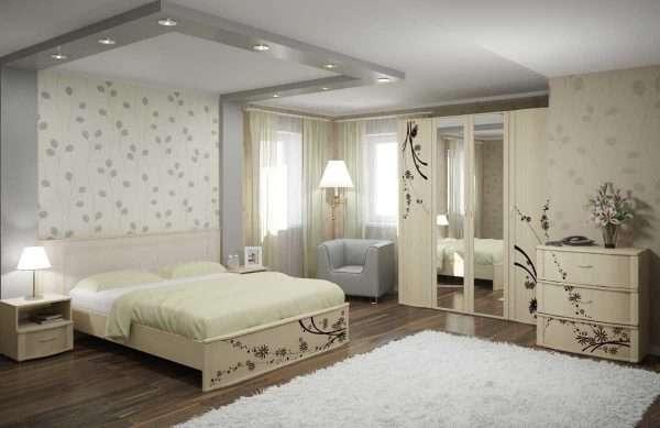 Светлые обои для спальни с белой мебелью