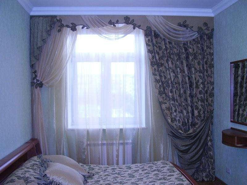 Дизайн штор на окна в спальне