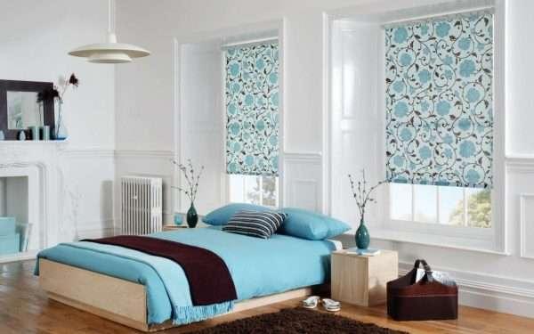 Рулонные шторы в спальню в стиле минимализм
