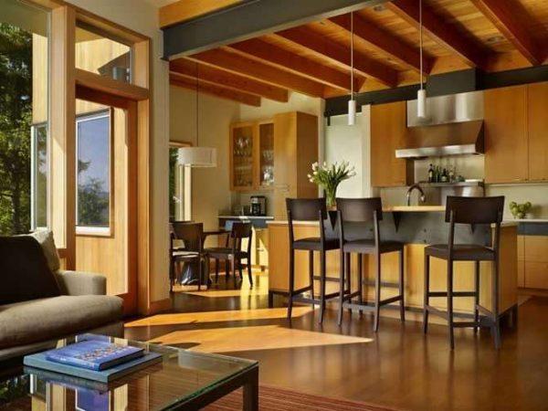 интерьер маленькой кухни в частном доме