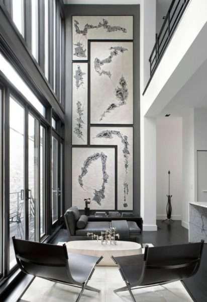 декоративная стена в интерьере черно-белой гостиной