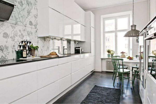 дизайн кухни гостиной 13 кв.м с белым гарнитуром