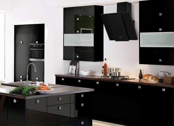 Дизайн кухни гостиной с вытяжкой