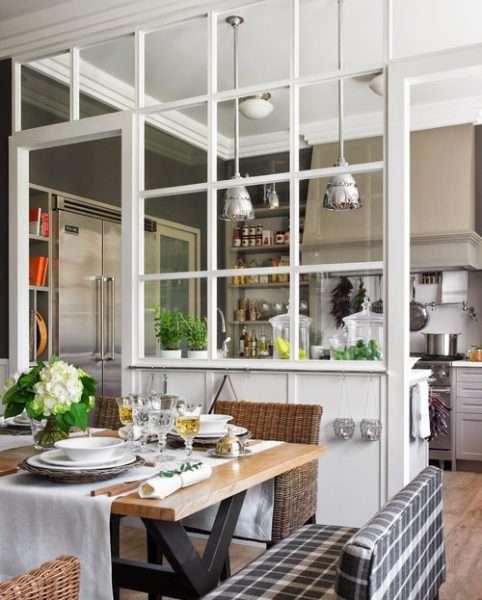 Дизайн кухни гостиной с зонированием с помощью перегородки