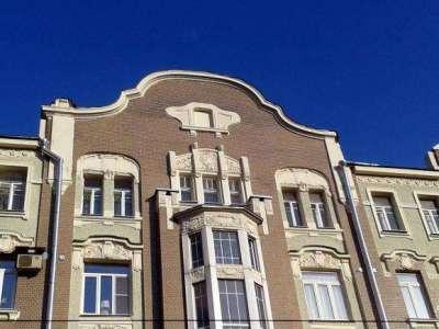 эркер на фасаде здания