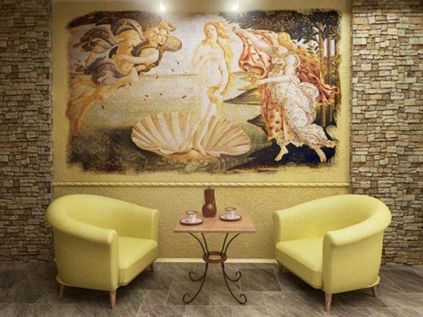 Венера Милосская на фреске в гостиной