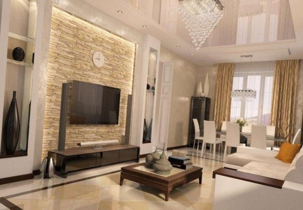 декорированная стенка под телевизор в интерьере гостиной