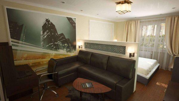 угловой диван в интерьере гостиной спальни 18 кв. метров