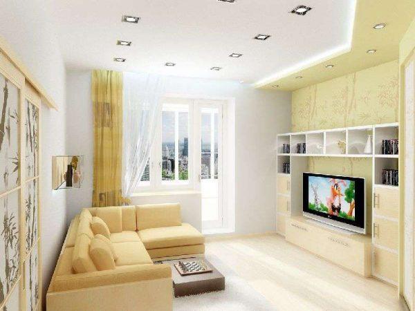 потолок светлый в гостиной-спальни 18 кв.метров