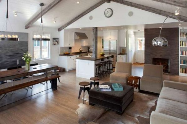 гостиная в деревянном доме в скандинавском стиле
