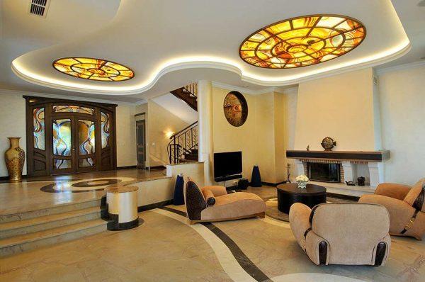 округлые формы декора в интерьере гостиной в стиле модерн
