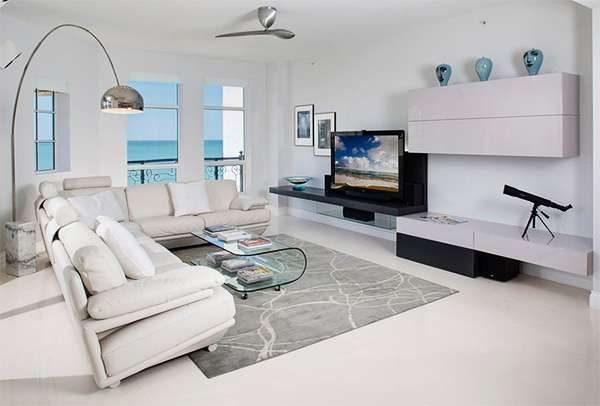 стильный торшер в интерьере гостиной в стиле модерн
