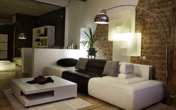 в интерьере гостиной в стиле модерн стильный торшер