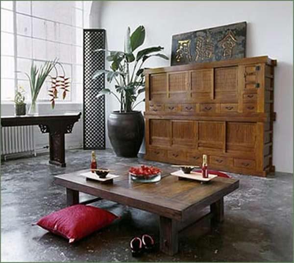 комод в интерьере гостиной в японском стиле