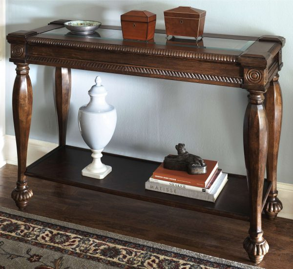журнальный столик в интерьере гостиной частного дома