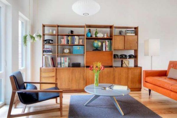 интерьер гостиной со шкафом в современном стиле