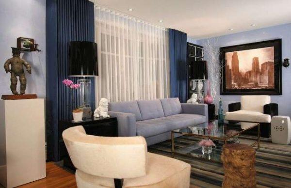 голубой интерьер гостиной в современном стиле