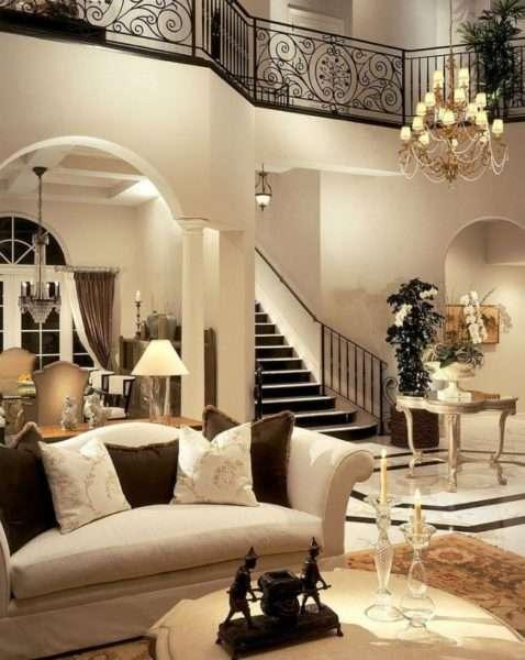 роскошная гостиная в классическом стиле