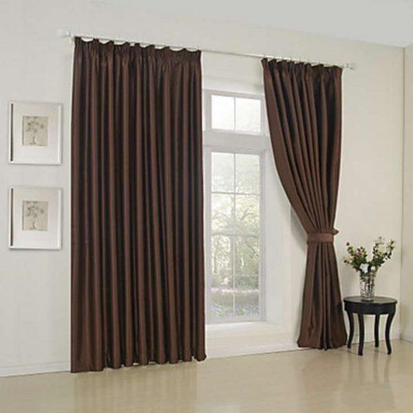 коричневые шторы классического кроя