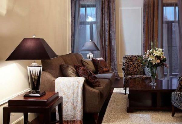 шторы золото с коричневым