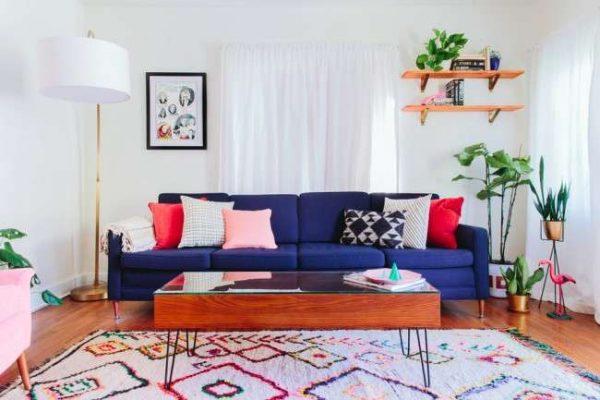 прямоугольный ковёр ручной работы в интерьере гостиной