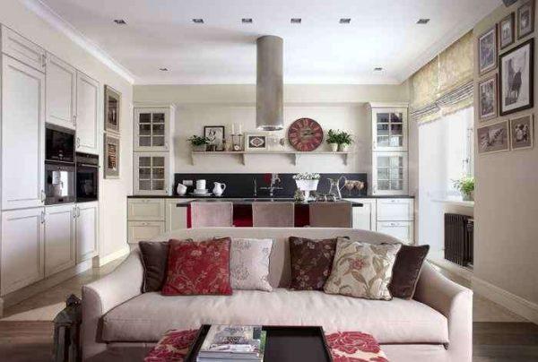 роскошный диван в интерьере кухни гостиной 30 кв. метров